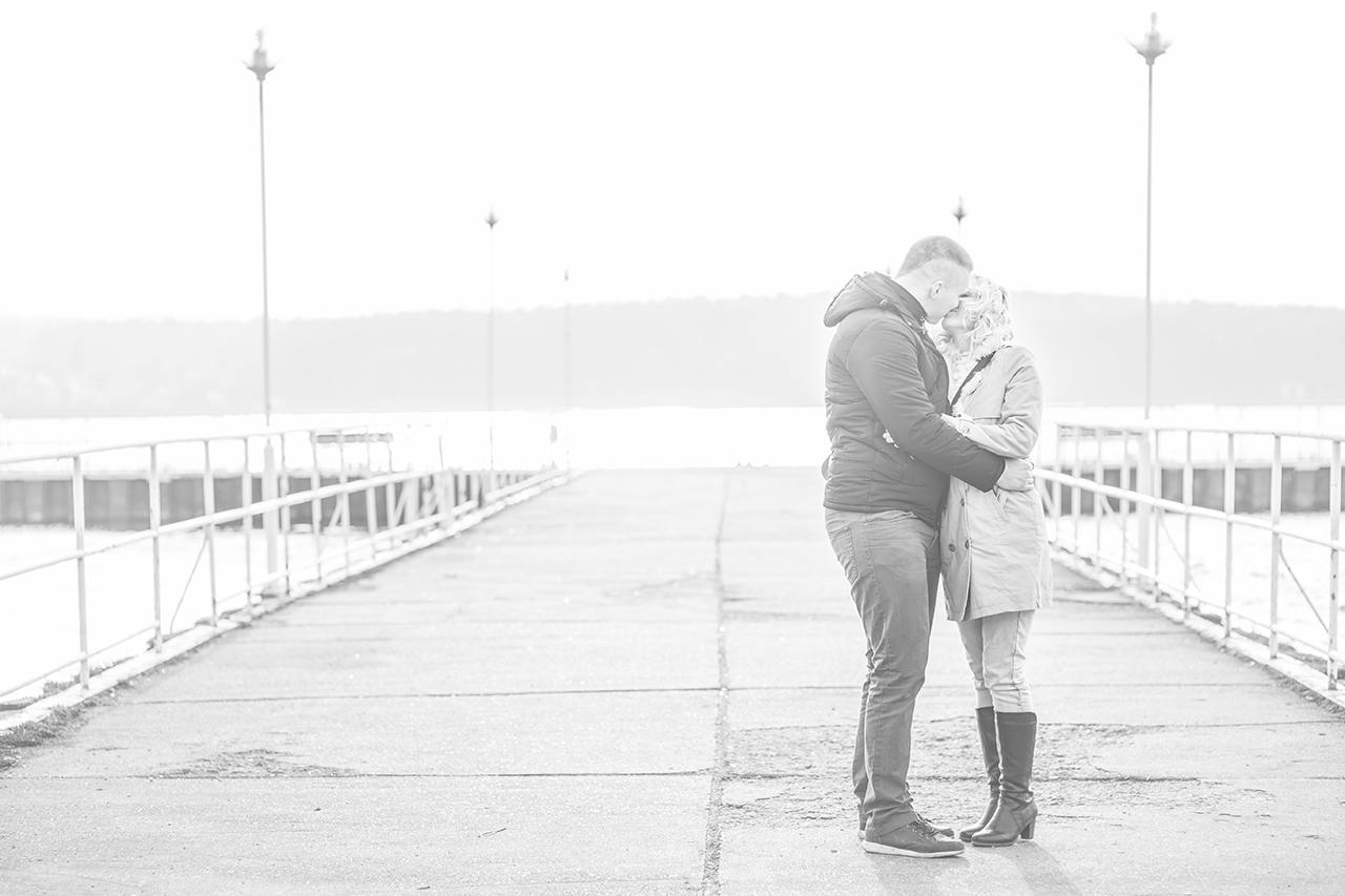 IMAGE: https://mkstudio.smugmug.com/Weddings/Angelika-Przemek/i-WGFLRvv/0/O/IMG_9856s.jpg
